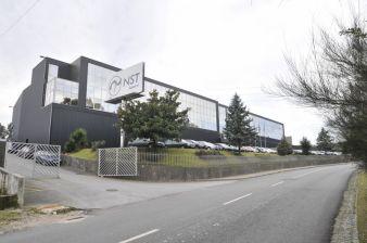 Bau und Investition von der Pieke auf: Das N.S.T. Gelände mit Produktionsstätte in Paredes im Norden Portugals