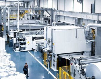 Senkung der Produktionskosten von bis zu 30% dank modernster Spinnvliestechnologie von Oerlikon Neumag möglich (Photo: Oerlikon)