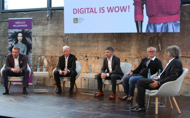 Digitalisierung live: Fashion Forum 2018 mit Microfactory Strick