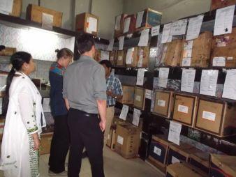Das Projektteam bei der Begutachtung eines Lagerraums Photo: GSM