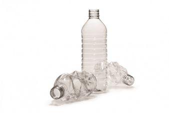 500g REPREVE 100 Garn wird aus rund 27 0,5 Liter Flaschen hergestellt Photo: Polartec