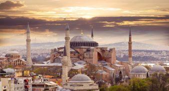 Blick auf Istanbul – Hagia Sophia Kirche Photo: fotolia