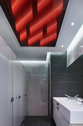 Als Vertreter aus dem Bereich textile Hightech-Materialien präsentiert Ettlin das lichttechnische Spezialgewebe Ettlin lux, das bei Durchleuchtung...