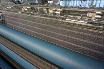 Großflächige Integration metallisierter Fäden auf der Raschelmaschine zur Herstellung von Vliesverbundstoffen (Vorstufe für einen Demonstrator...