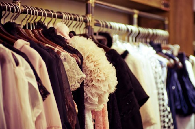 Im Showroom können Einkäufer die Musterkollektion der Designer begutachten Photo: Forewer/Shutterstock
