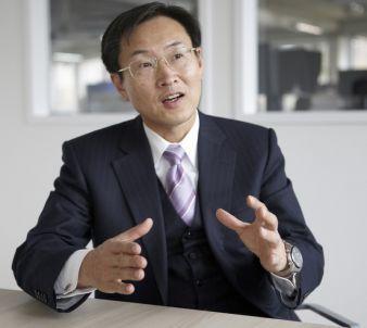 """Epson Präsident Minoru Usui über die Partnerschaft: """"Wir sind sehr stolz, dass wir durch unsere offizielle Partnerschaft mit dem Mercedes AMG P..."""