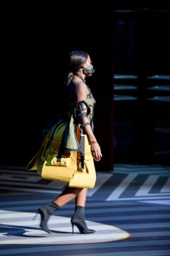 Fashionshow-2.jpg