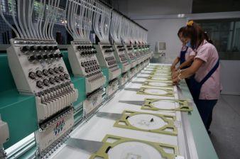 S.P. Brother verfügt in Bangkok über zwei Stickmaschinen (Tajima)