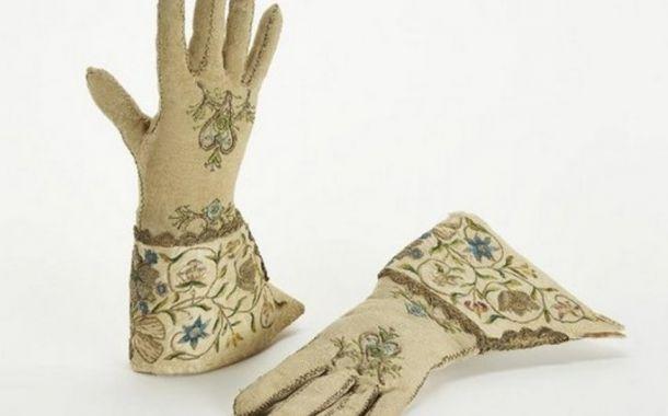 1500 Jahre Stickerei in Mode