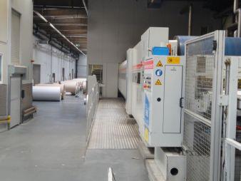 Die Gewebekonstruktion aus Polyester, Aramid und Bronze kombiniert umfassenden Schutz vor elektrostatischer Aufladung mit konstant gleichbleibenden...