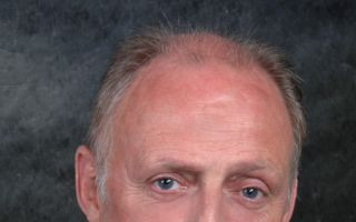 Dr. Wilfried Holtgrave, Präsident des Verbandes der Nordwestdeutschen Textil- und Bekleidungsindustrie, Münster