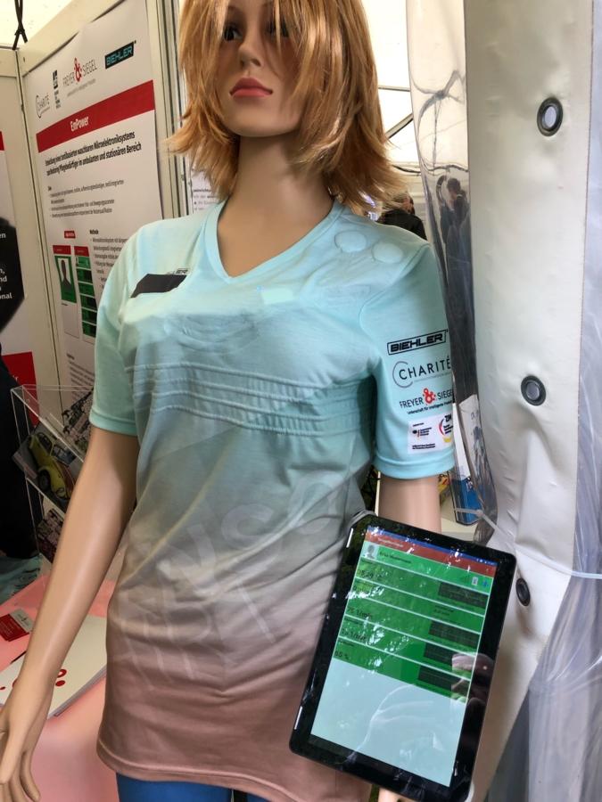 Pflege-Shirt-mit-App.png