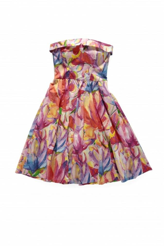 Dieses Kleid wurde mit Allegro produziert
