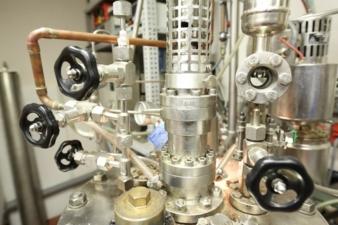 Reaktor zur Herstellung von Polyamiden Photo: ITCF