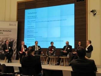 Impressionen: Forum 2 - CSR / Moderation Rainer Schlatmann, Journalist