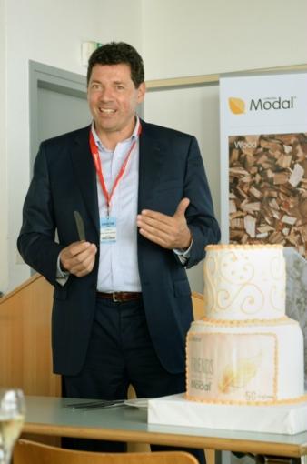 16.09.2015: Lenzing: 50 Jahre Lenzing Modal!