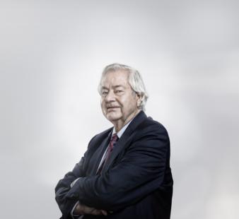 Dr-Ulrich-Zwissler.png