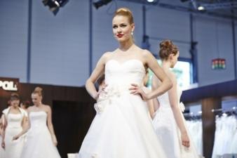 Die Interbride– europäische Leitmesse für Hochzeits-, Braut- und Eventmode, gibt der Branche für Anlassmode neuen Schwung Photos: Interbride